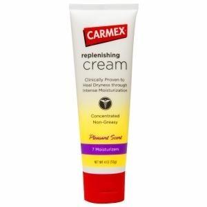 Увлажняющий крем Carmex